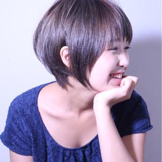 ブラウン 前髪あり ショート 外国人風 ヘアスタイルや髪型の写真・画像