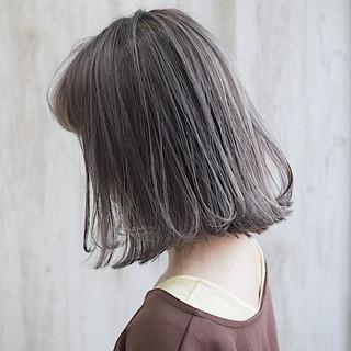 極細ハイライト ホワイトハイライト グレージュ ボブ ヘアスタイルや髪型の写真・画像