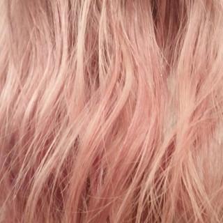 ガーリー ピンク フェミニン ハイトーン ヘアスタイルや髪型の写真・画像 ヘアスタイルや髪型の写真・画像