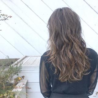パーマ アウトドア 簡単ヘアアレンジ ヘアアレンジ ヘアスタイルや髪型の写真・画像 ヘアスタイルや髪型の写真・画像