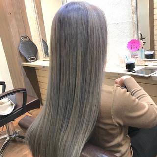 ロング ブリーチ ダブルカラー デート ヘアスタイルや髪型の写真・画像