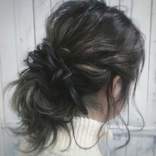波ウェーブ 簡単ヘアアレンジ フェミニン ゆるふわ ヘアスタイルや髪型の写真・画像