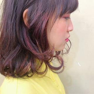 ハイライト ベリーピンク レッド ガーリー ヘアスタイルや髪型の写真・画像