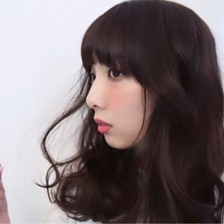 前髪パッツン 黒髪 ニュアンス こなれ感 ヘアスタイルや髪型の写真・画像