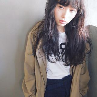 暗髪 黒髪 大人かわいい ワイドバング ヘアスタイルや髪型の写真・画像