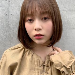 インナーカラー ミニボブ ナチュラル モテボブ ヘアスタイルや髪型の写真・画像