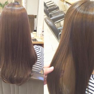 ロング リラックス 艶髪 オフィス ヘアスタイルや髪型の写真・画像 ヘアスタイルや髪型の写真・画像