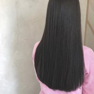 ロング 抜け感 ナチュラル イルミナカラー ヘアスタイルや髪型の写真・画像