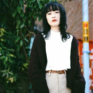 色気 マッシュ レイヤーカット ナチュラル ヘアスタイルや髪型の写真・画像