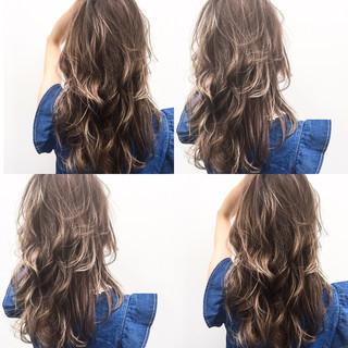 色気 ボブ 外国人風 アッシュ ヘアスタイルや髪型の写真・画像 ヘアスタイルや髪型の写真・画像
