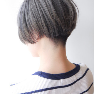 刈り上げ ボブ モード ショート ヘアスタイルや髪型の写真・画像