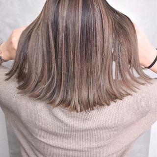 外国人風カラー ストリート ハイライト ミディアム ヘアスタイルや髪型の写真・画像