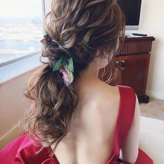 ロング ナチュラル ヘアアレンジ パーティ ヘアスタイルや髪型の写真・画像