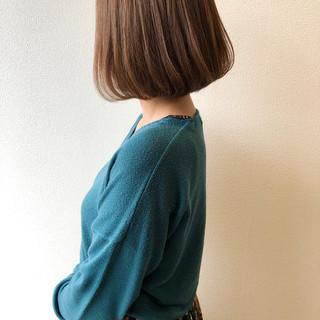 アッシュベージュ ワンカール ボブ 大人ショート ヘアスタイルや髪型の写真・画像