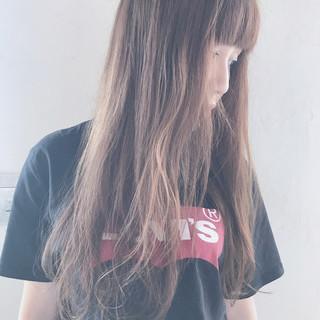 女子会 透明感 リラックス ストリート ヘアスタイルや髪型の写真・画像 ヘアスタイルや髪型の写真・画像