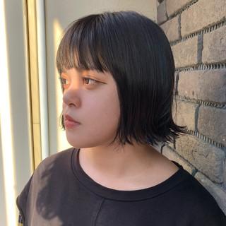 切りっぱなしボブ ボブヘアー 外ハネボブ ミニボブ ヘアスタイルや髪型の写真・画像 ヘアスタイルや髪型の写真・画像