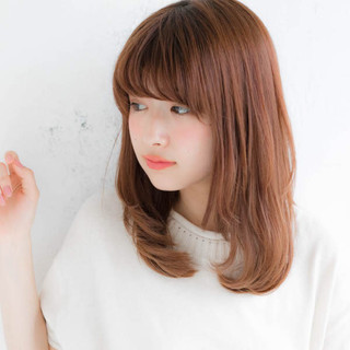 ミディアム フェミニン 透明感 大人かわいい ヘアスタイルや髪型の写真・画像