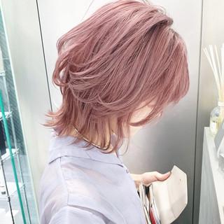 ショート 透け感 ウルフカット モード ヘアスタイルや髪型の写真・画像