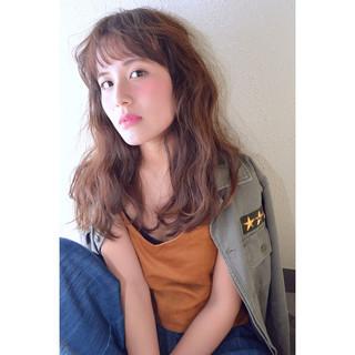 外国人風 秋 かっこいい セミロング ヘアスタイルや髪型の写真・画像