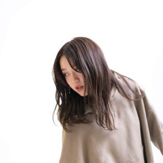 女子力 ゆるふわ 透明感 ウェーブ ヘアスタイルや髪型の写真・画像