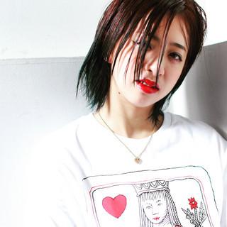 ダブルカラー ミディアム グリーン 外国人風 ヘアスタイルや髪型の写真・画像