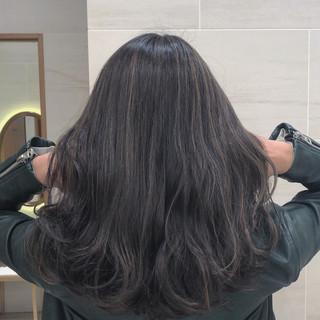 コントラストハイライト ナチュラル アンニュイほつれヘア ハイライト ヘアスタイルや髪型の写真・画像