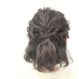 モテ髪 編み込み 波ウェーブ 大人かわいい ヘアスタイルや髪型の写真・画像 ヘアスタイルや髪型の写真・画像