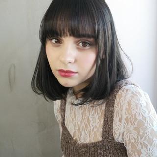 切りっぱなしボブ 大人女子 大人かわいい ナチュラル ヘアスタイルや髪型の写真・画像