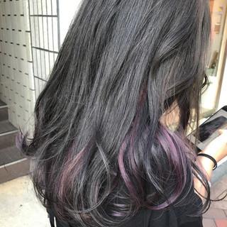 秋 グレージュ ストリート ロング ヘアスタイルや髪型の写真・画像 ヘアスタイルや髪型の写真・画像