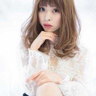 抜け感 大人かわいい フェミニン ミディアム ヘアスタイルや髪型の写真・画像