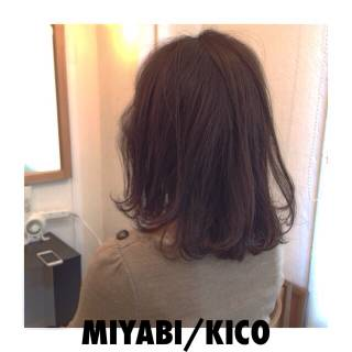 ウェーブ ウェットヘア モード ミディアム ヘアスタイルや髪型の写真・画像