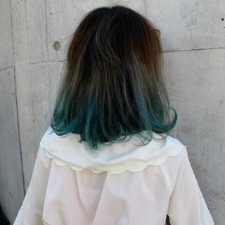 グラデーションカラー ストリート 外国人風 暗髪 ヘアスタイルや髪型の写真・画像