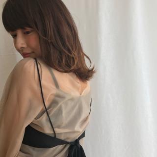 グラデーションカラー 外ハネ 秋 リラックス ヘアスタイルや髪型の写真・画像