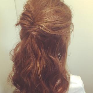 ハイライト ゆるふわ 簡単ヘアアレンジ 外国人風 ヘアスタイルや髪型の写真・画像 ヘアスタイルや髪型の写真・画像
