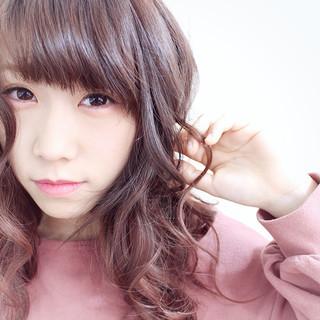 ベージュ ピンク ダブルカラー ガーリー ヘアスタイルや髪型の写真・画像