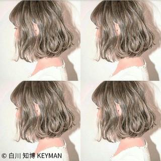 ボブ ゆるふわ フリンジバング ニュアンス ヘアスタイルや髪型の写真・画像
