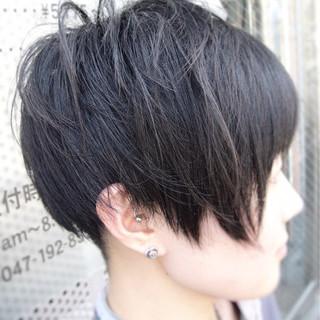 ストリート ボブ ショート 刈り上げ ヘアスタイルや髪型の写真・画像