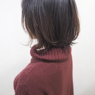ボブ 切りっぱなし ショート アッシュ ヘアスタイルや髪型の写真・画像