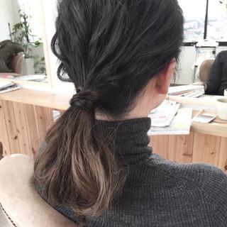 イルミナカラー ポニーテール ゆるふわ ヘアアレンジ ヘアスタイルや髪型の写真・画像