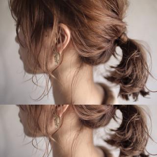 ヘアアレンジ ナチュラル ゆるふわ アンニュイ ヘアスタイルや髪型の写真・画像