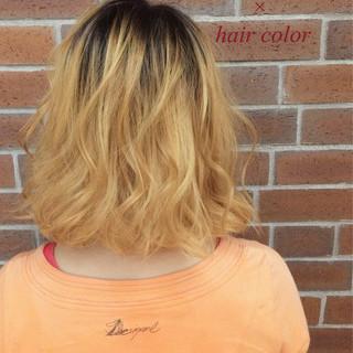 ストリート グラデーションカラー 色気 パーマ ヘアスタイルや髪型の写真・画像