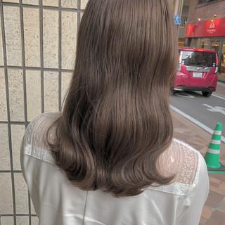 ベージュ ブラウン セミロング 外国人風カラー ヘアスタイルや髪型の写真・画像