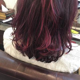 暗髪 ストリート ラベンダーピンク ピンク ヘアスタイルや髪型の写真・画像
