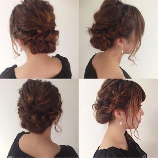 セミロング ヘアアレンジ 上品 エレガント ヘアスタイルや髪型の写真・画像