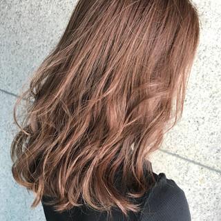 オフィス ヘアアレンジ 前髪あり 抜け感 ヘアスタイルや髪型の写真・画像