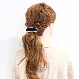 ロング 簡単ヘアアレンジ ヘアアレンジ フェミニン ヘアスタイルや髪型の写真・画像