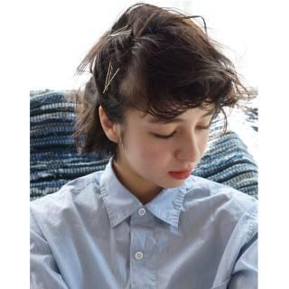 ウェットヘア 簡単ヘアアレンジ ショート ナチュラル ヘアスタイルや髪型の写真・画像