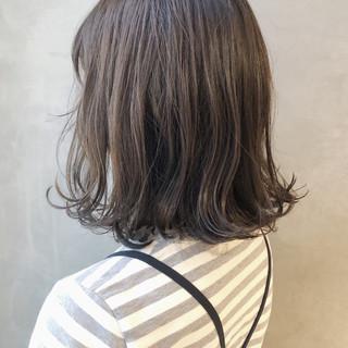 デート 艶髪 ミディアム ガーリー ヘアスタイルや髪型の写真・画像