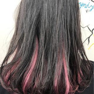 ストリート 黒髪 レッド ブリーチ ヘアスタイルや髪型の写真・画像