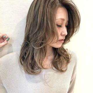 外国人風カラー 外国人風 オフィス ハイライト ヘアスタイルや髪型の写真・画像